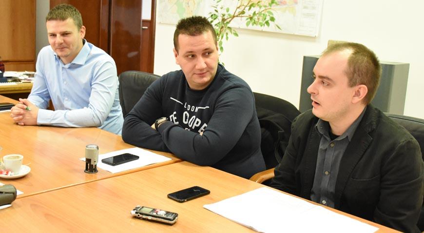 FOTO: Potpisani ugovori za Nerezine