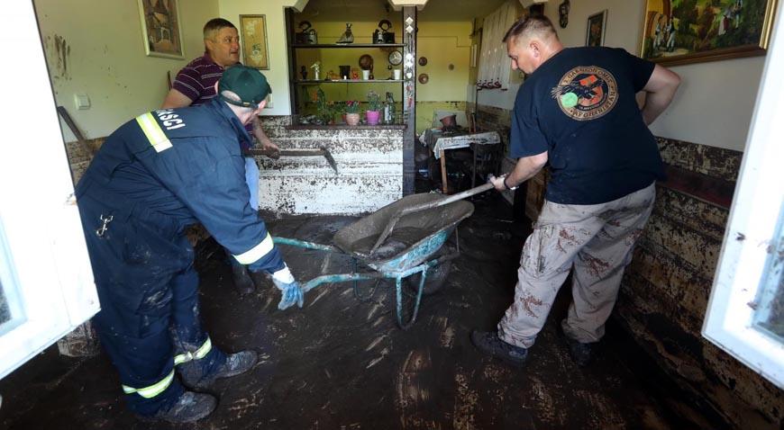 Ivanec Bistranski: Komunalne službe i stanovnici saniraju štetu koju je nanijelo sinoćnje nevrijeme
