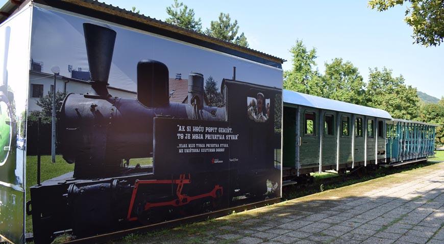 Gospon Fulir od sad čuva vlak u Južnom naselju