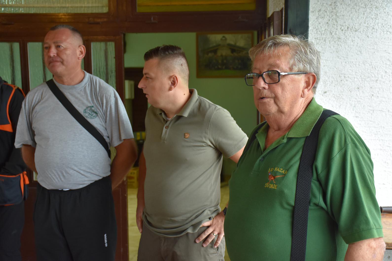 VIDEO/FOTO: Nenad Panian podnio ostavku – ključevi grada u rukama Guske
