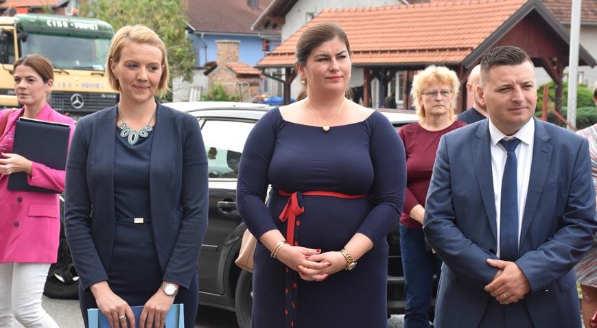 FOTO: Ministrica Gabrijela Žalac otvorila dječji vrtić u Jalševcu Nartskom