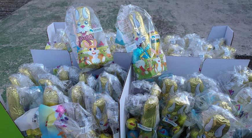 Mališanima 320 slatkih paketa
