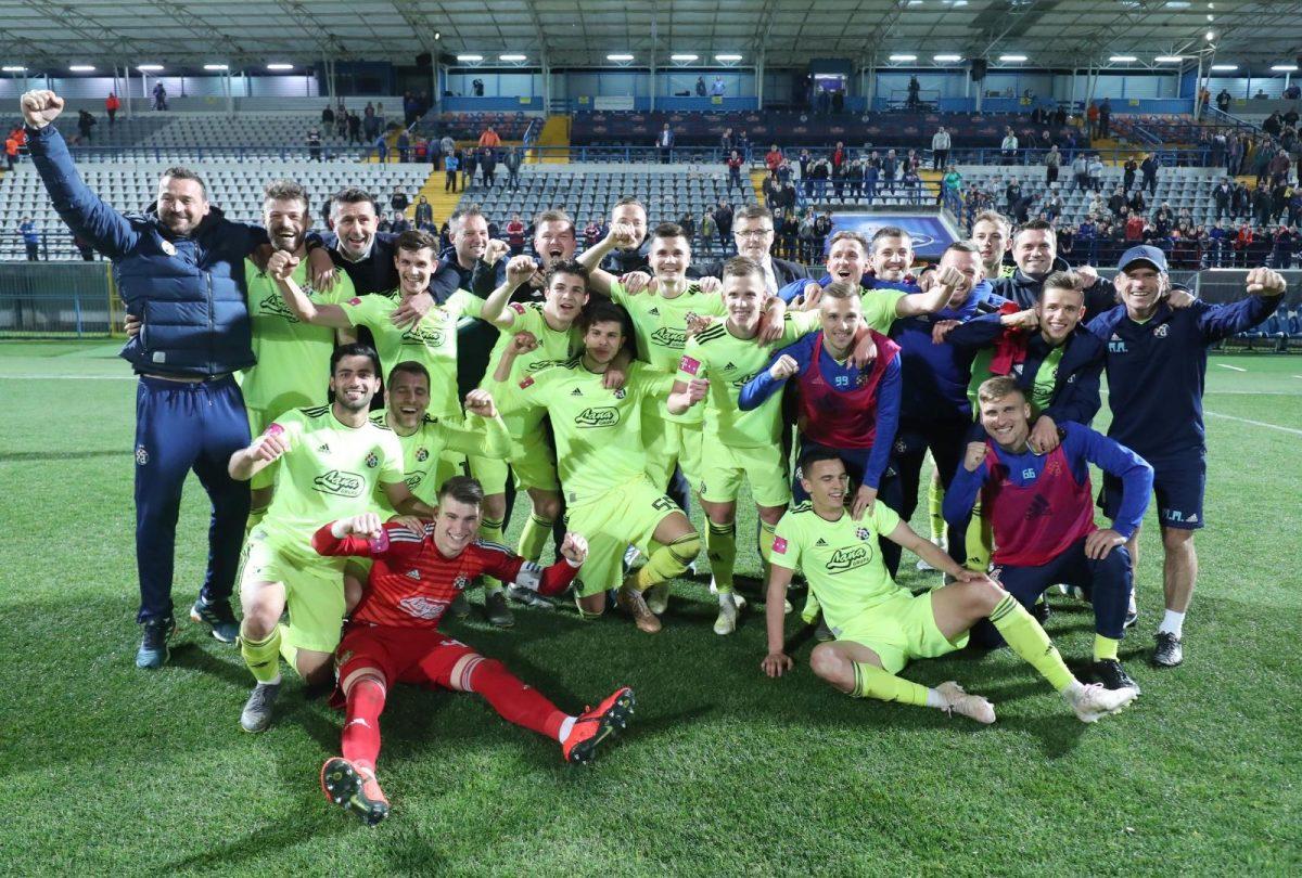 Slavlje igrača Dinama nakon osiguranog naslova prvaka
