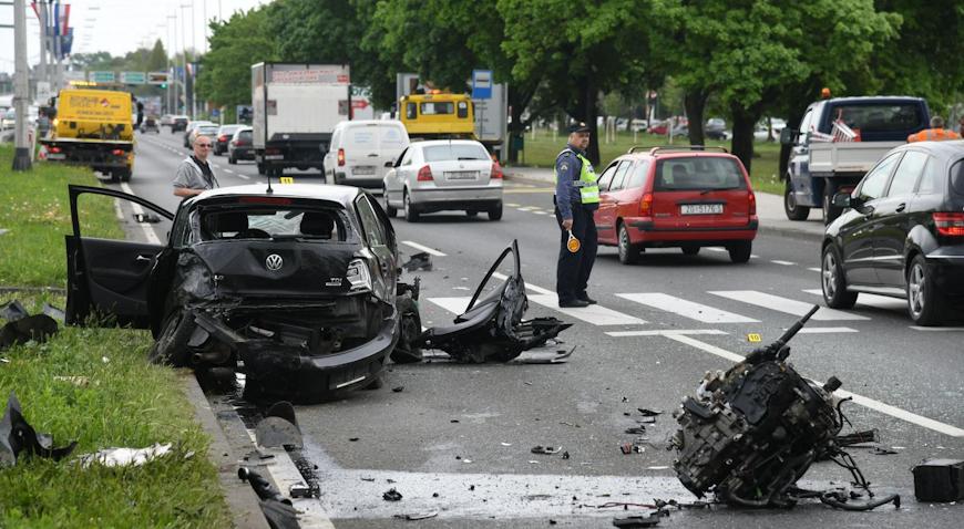Nesreća na Slavonskoj aveniji, sudarila se tri automobila