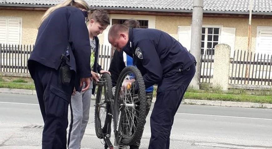 Policajac – prijatelj i pomagač djece