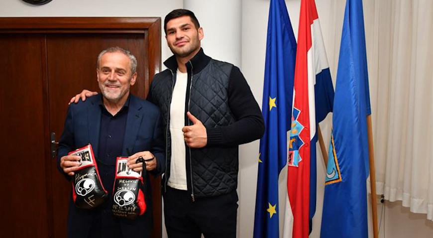 Hrgović kod Bandića koji s nestrpljenjem očekuje njegov novi meč