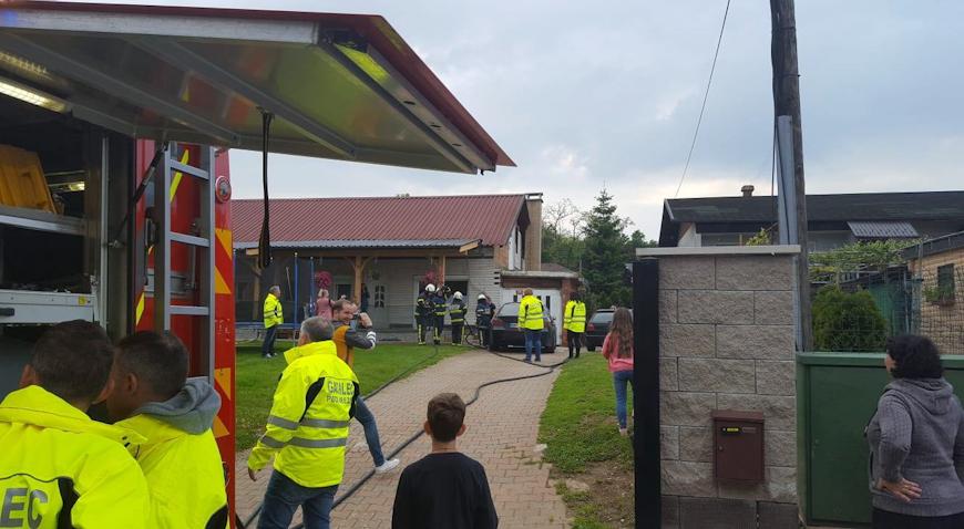 Vatrogasci iz Turopolja prisustvovali polijevanju mladenaca iz PGD-a Brezje