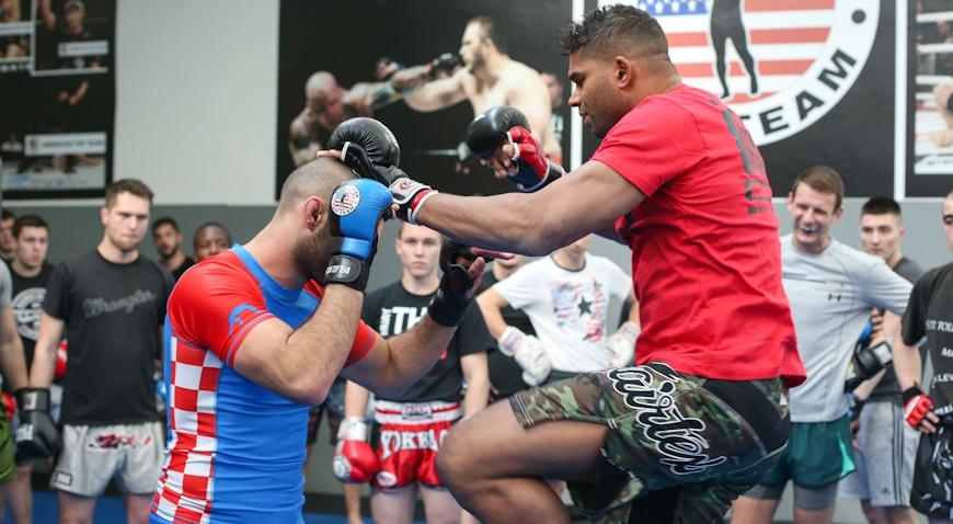 VIDEO: MMA borac Alistar Overeem održao pokazni trening
