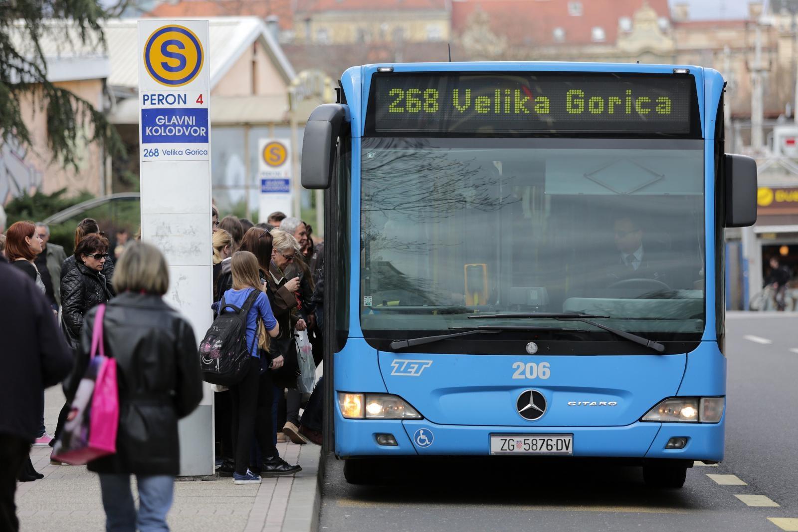 U ZET-ovom autobusu uhićen naoružani muškarac