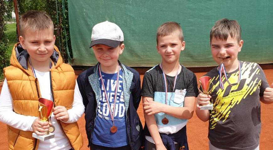 Teniski klub iTeam ugostio HTS-ov turnir za najmlađe