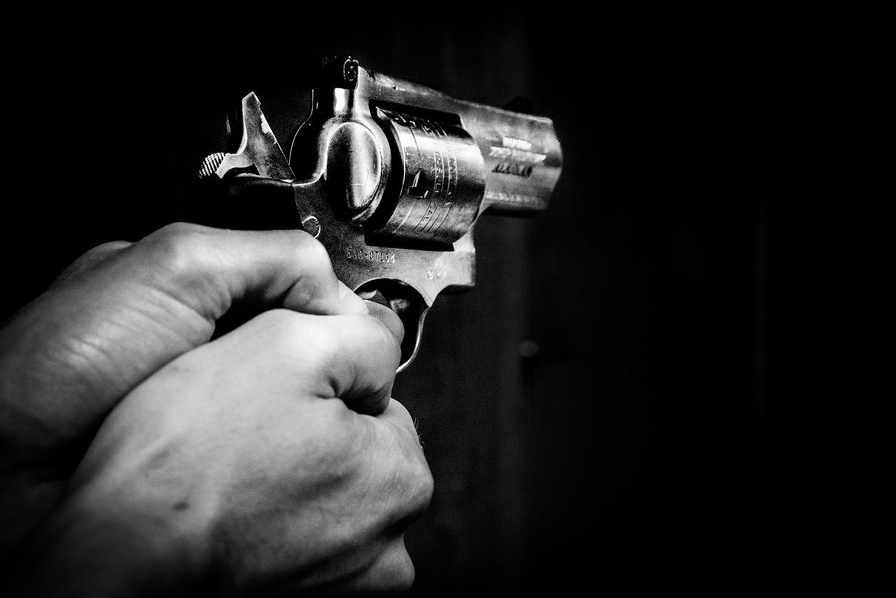 Maskirani kradljivac orobio trgovinu na Trnju