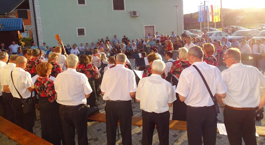 FOTO: Mještani Pojatnog proslavili Presveto srce Isusovo