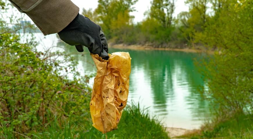 Akcija čišćenja obale jezera Rakitje okupila brojne izviđače i zainteresirane građane