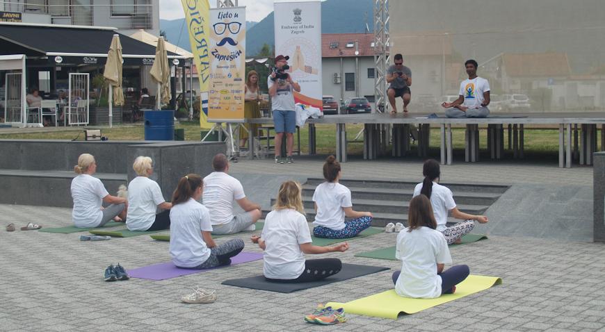 U Zaprešiću obilježen Međunarodni dan joge