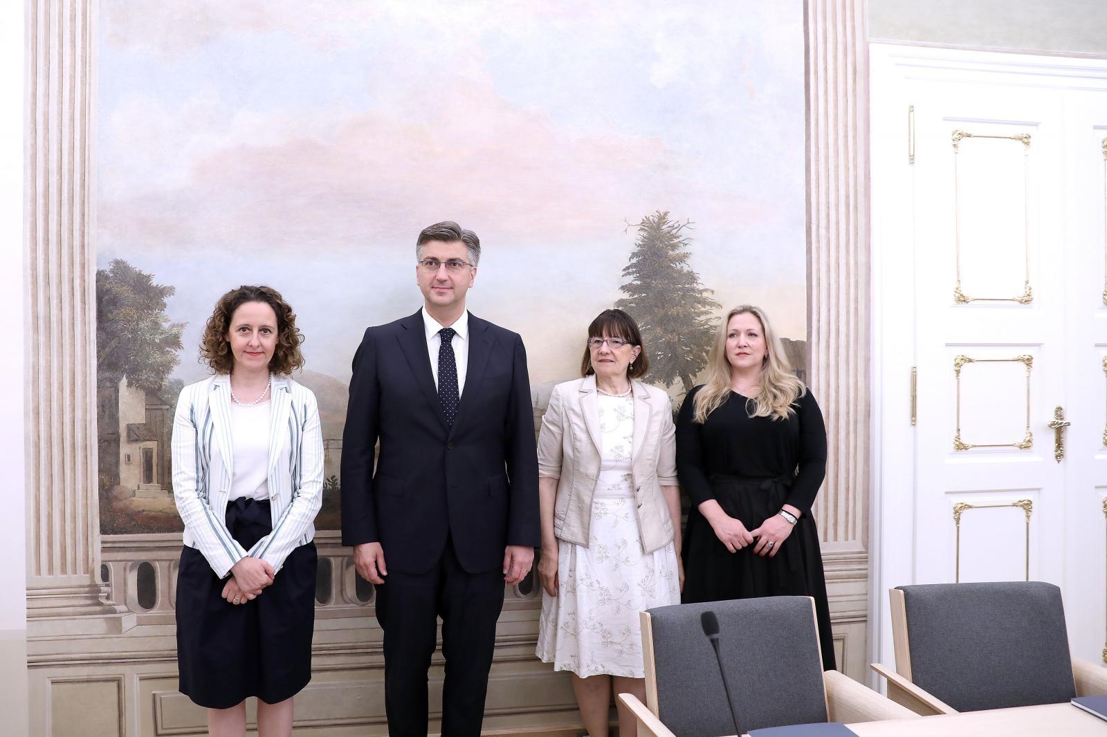 """VIDEO: U Banskim dvorima predstavljena novoobnovljena dvorana """"Ban Jelačić"""""""