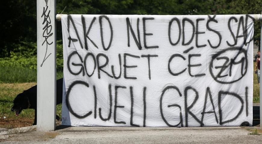 GORJELO NA TRI MJESTA U NOVOM ZAGREBU – Na mjestima pronađeni transparenti protiv Zdravka Mamića