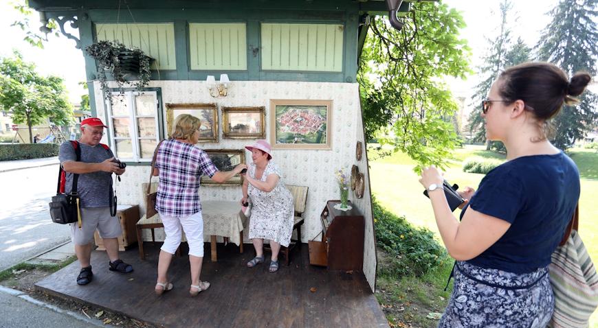 Uz Paviljon Katzler otvoren je jedinstveni foto kutak i dnevni boravak na otvorenom