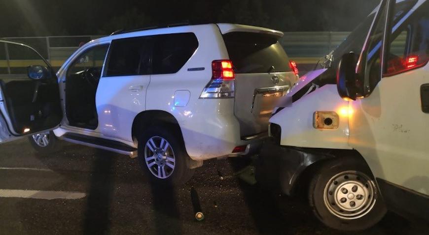 Na autocesti uhvaćen krijumčar ljudi s 33 nezakonita migranta