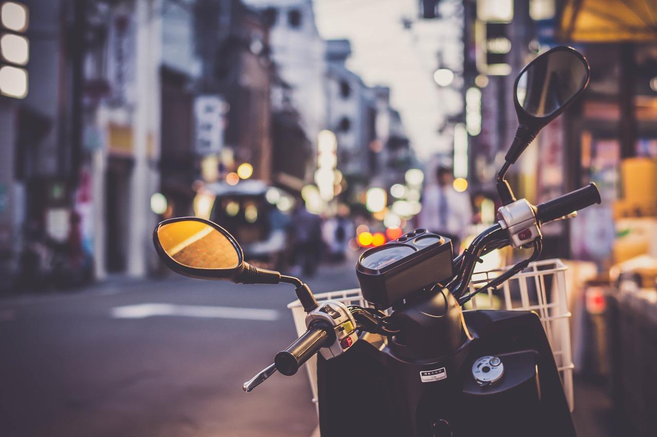 Pijani muškarac iz Zagreba motociklom naletio na rasvjetni stup