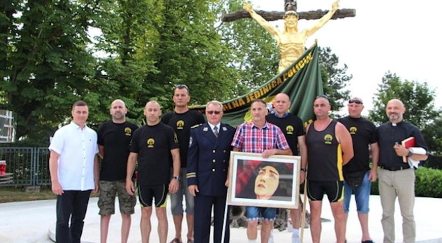 Jaskanac Ivan Hodak među petoricom policajaca na zavjetnom biciklističkom hodočašću za Međugorje