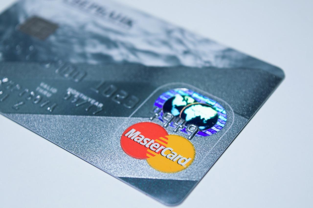 Ukrao kreditnu karticu i s nje potrošio 14 tisuća kuna