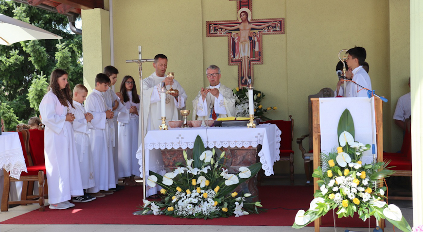 FOTO: Pobožnost Majci Milosrđa u Kloštar Ivaniću iskazuje se više od osam stoljeća