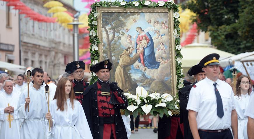 Procesijom vjernika i misnim slavljem u Čakovcu proslavljena Porcijunkula