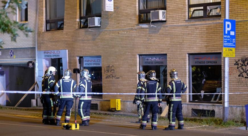 U Kranjčevićevoj napukao zid zgrade- vatrogasci će dežurati cijelu noć