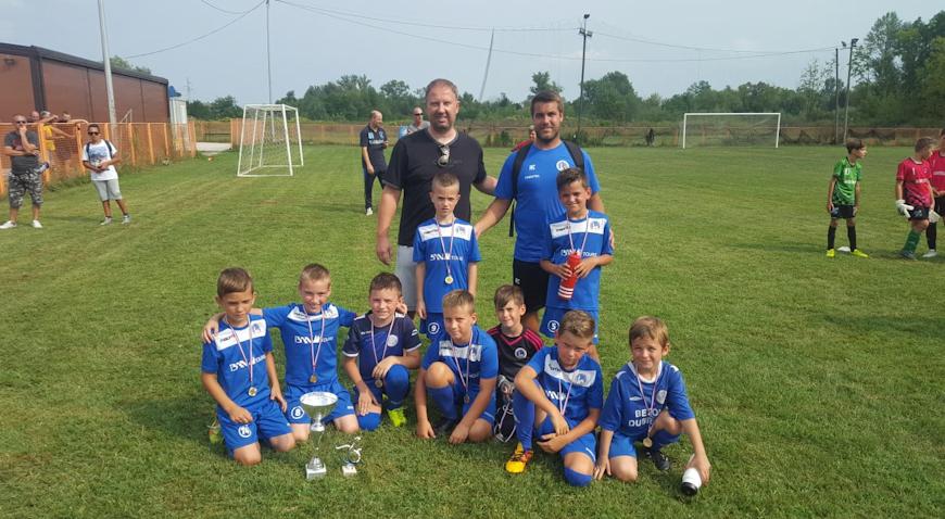 FOTO: Dugo Selo uvjerljivi pobjednik Horugvić kupa u Rugvici