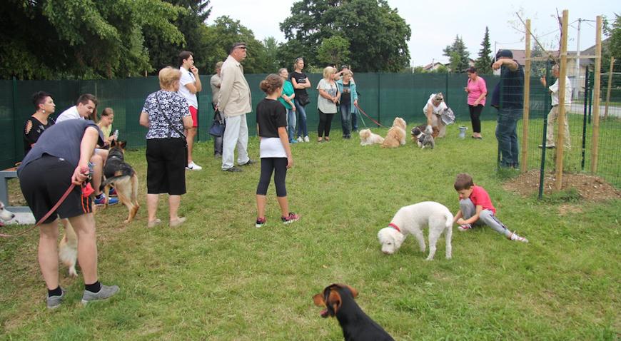 Dugoselski park za pse osvježen i uređen