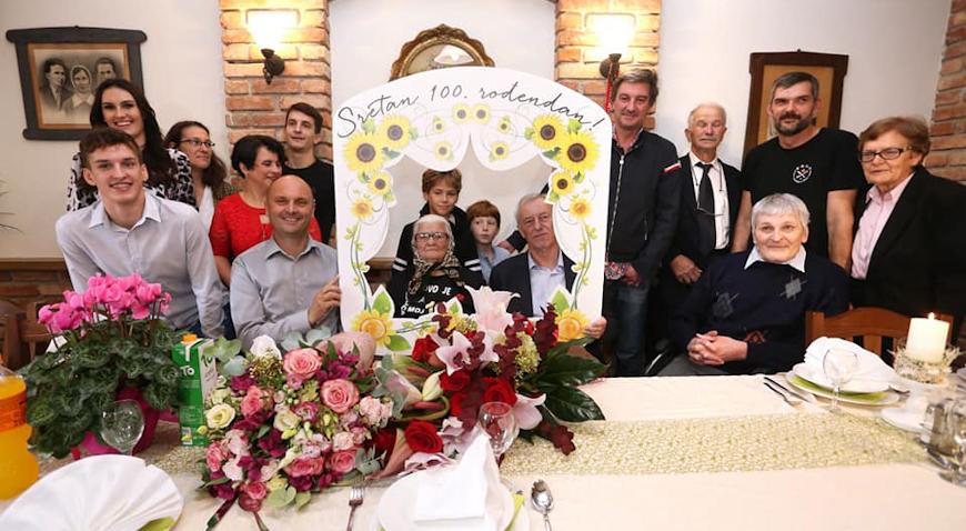 DOŽIVJETI STOTU – Baka Terezija Ferin iz Zeline proslavila 100. rođendan