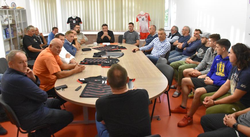 FOTO: HRK Gorica u novu sezonu ulazi u novoj opremi
