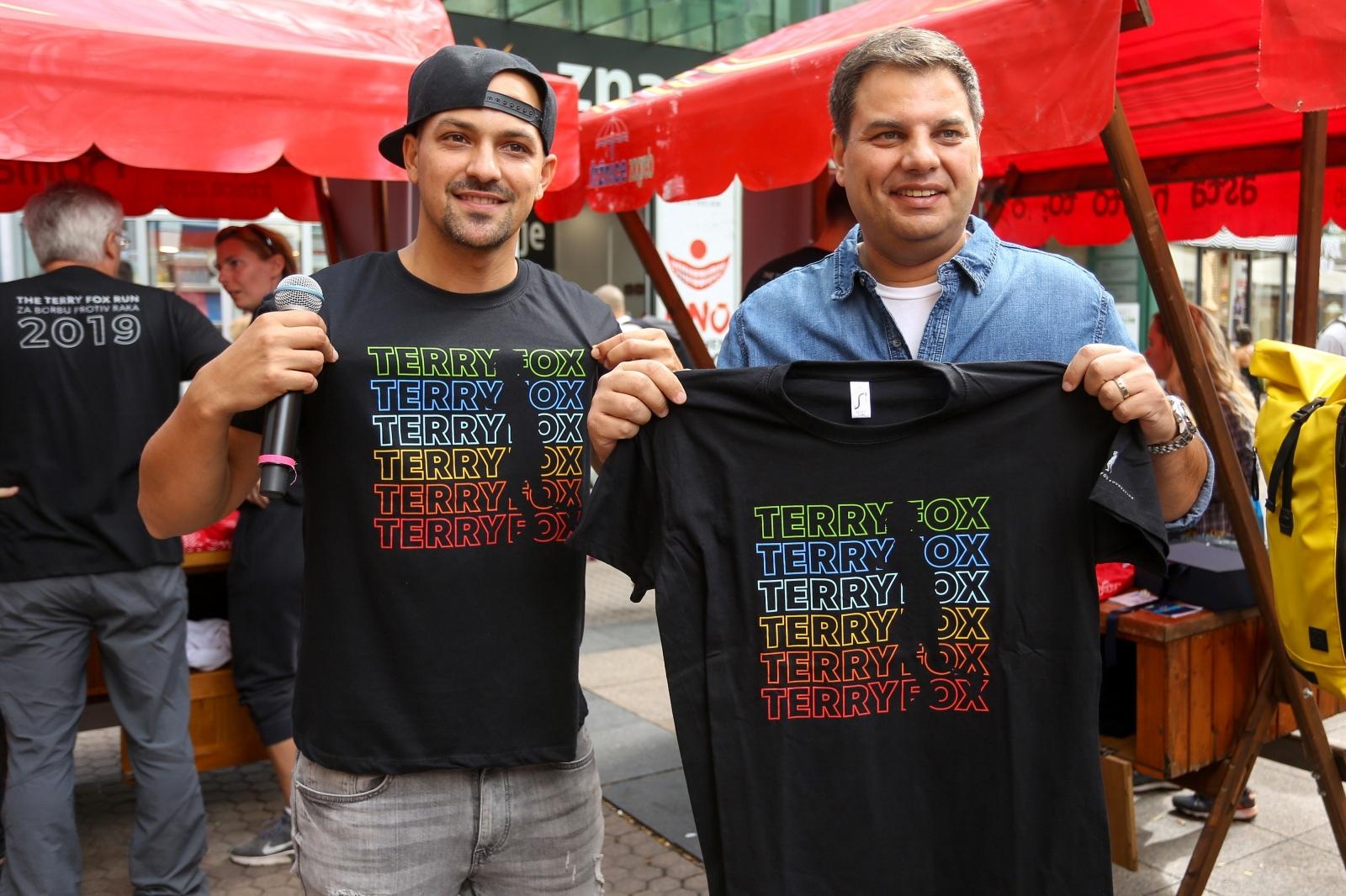 Kupovinom promotivnih materijala građani mogu podržati inicijativu Terry Fox Run-a