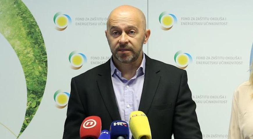 Dubravko Ponoš stavio na raspolaganje mandat na sve stranačke funkcije