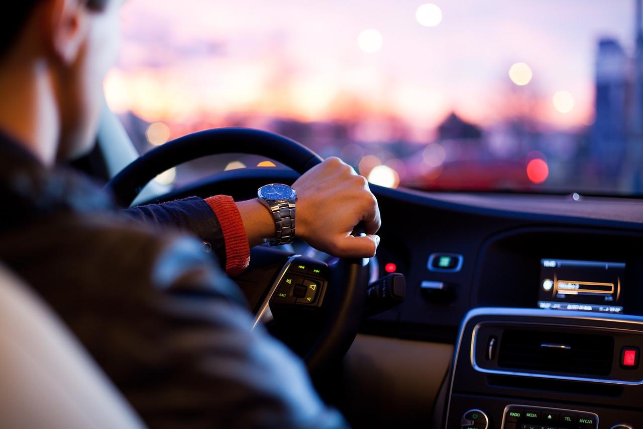 FILMSKA SCENA NA PEŠČENICI – Građani spriječili kradljivca automobila u bijegu