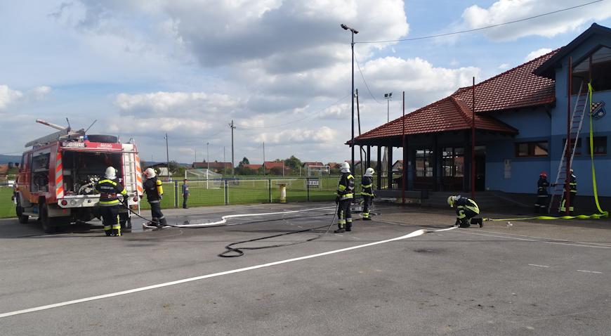 Od požara spašena zgrada NK Vatrogasac Zdenci