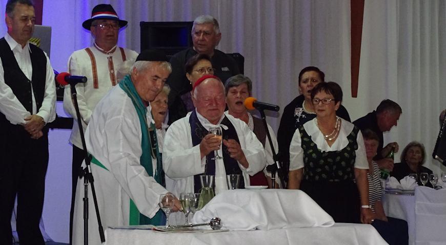 FOTO: Brdovečki umirovljenici prekrstili mošt u vino