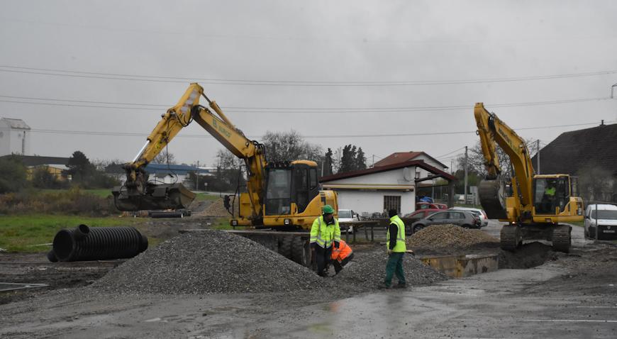 FOTO: Radovi na kanalizacijskoj mreži u Rugvici dobro napreduju