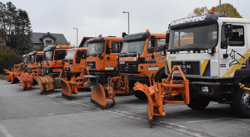FOTO: Ceste će u Velikoj Gorici čistiti 50-ak vozila i manjih strojeva
