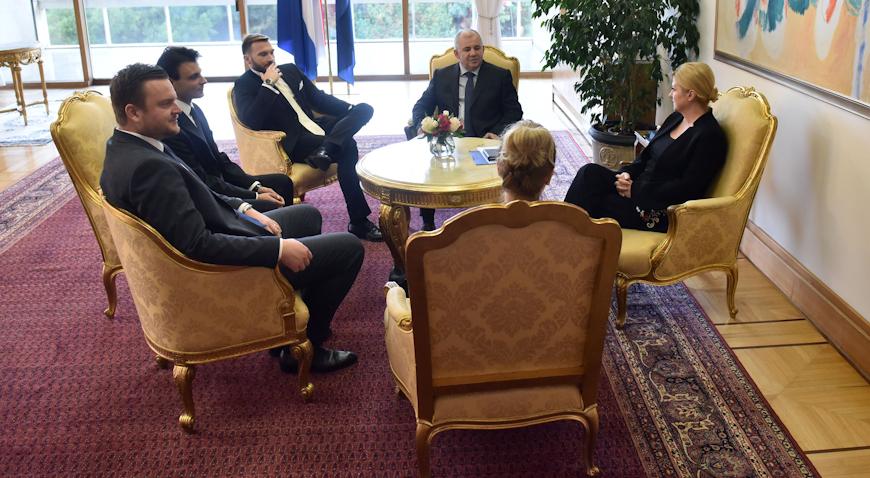 Predsjednica primila izaslanstvo Hrvatske zajednice općina