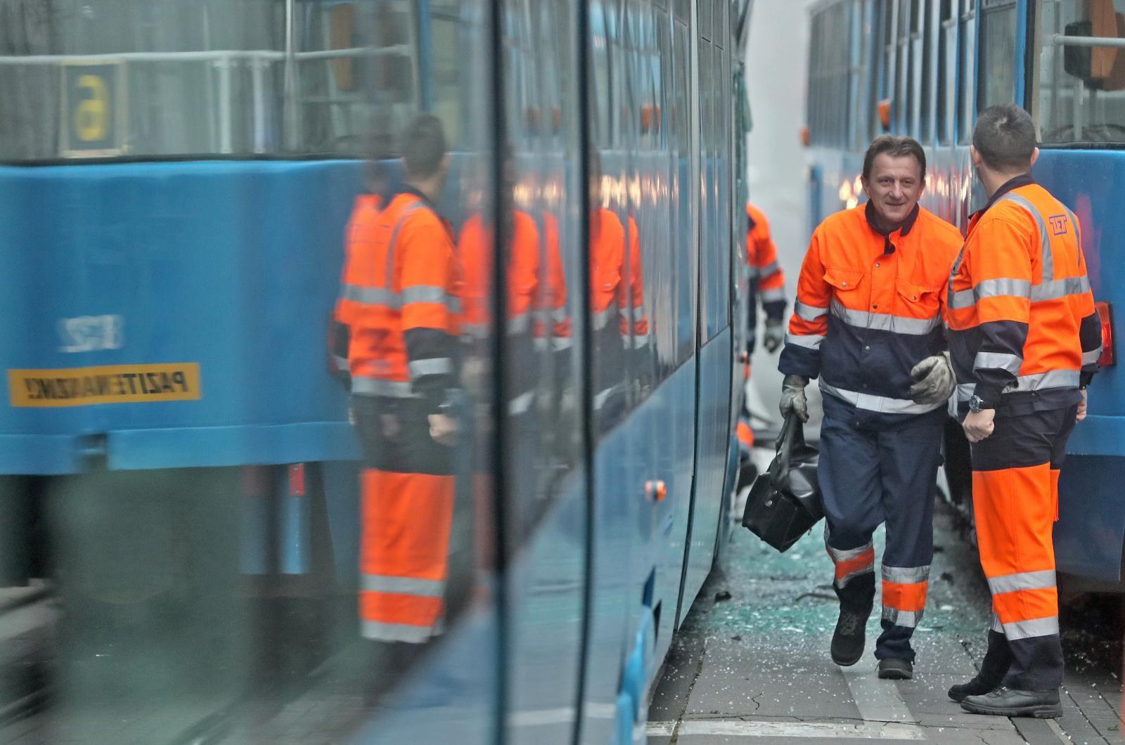 VIDEO: Zbog kvara na mreži, tramvaji ne voze preko Glavnog kolodvora