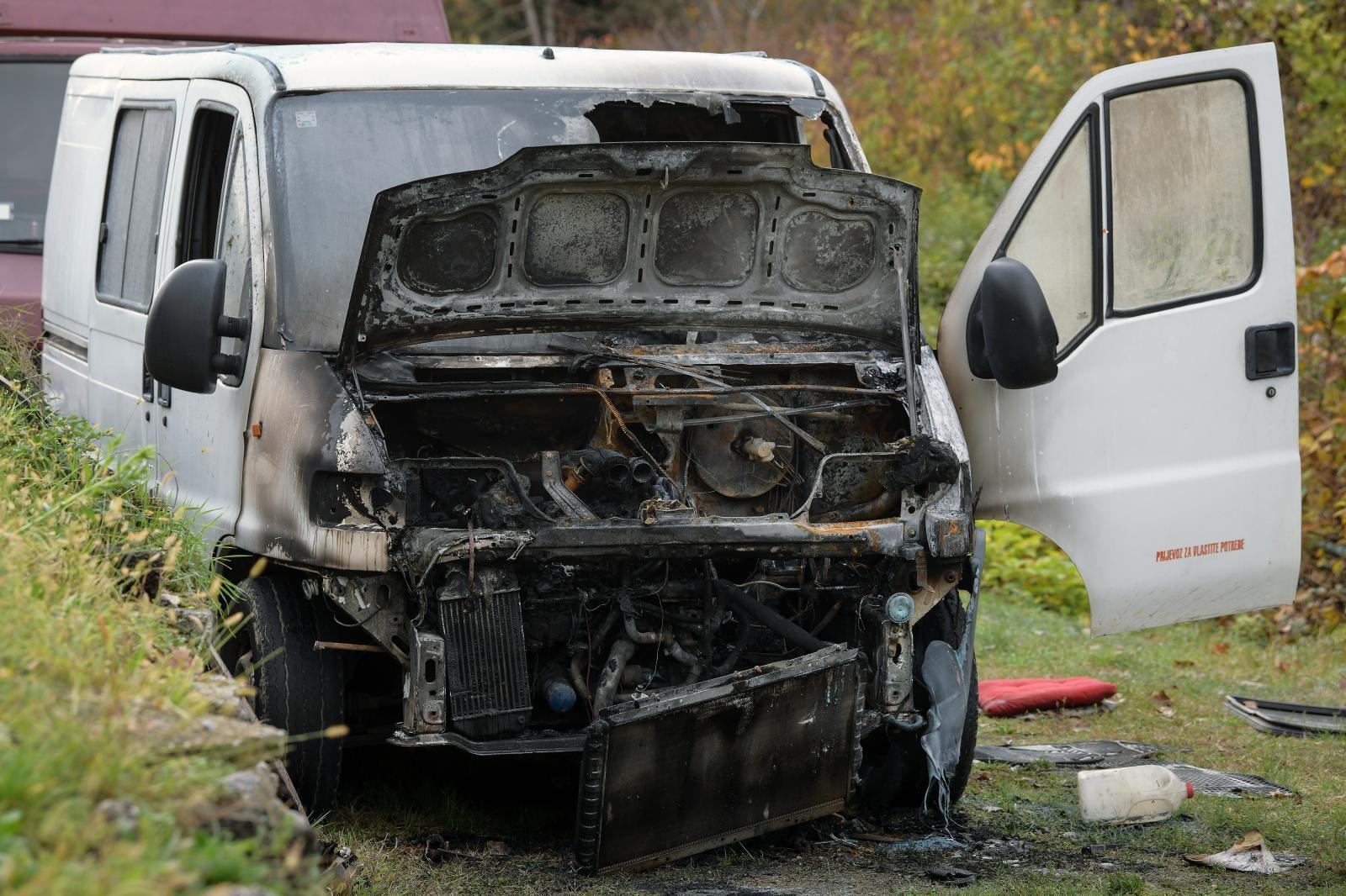 I u Potočkoj ulici je gorjelo – Zapalio se kombi
