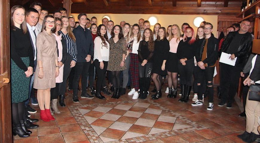 Jastrebarsko osiguralo 35 stipendija za srednjoškolce i studente