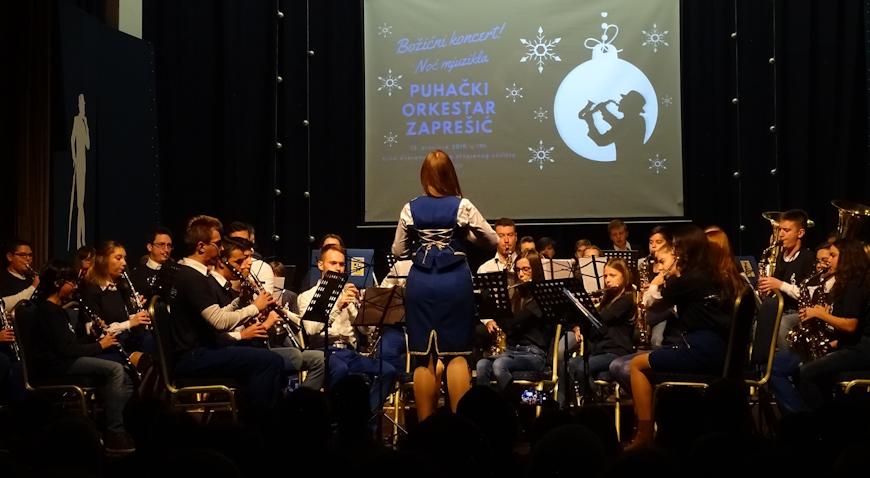 FOTO: Noć mjuzikla u izvedbi Puhačkog orkestra Zaprešić
