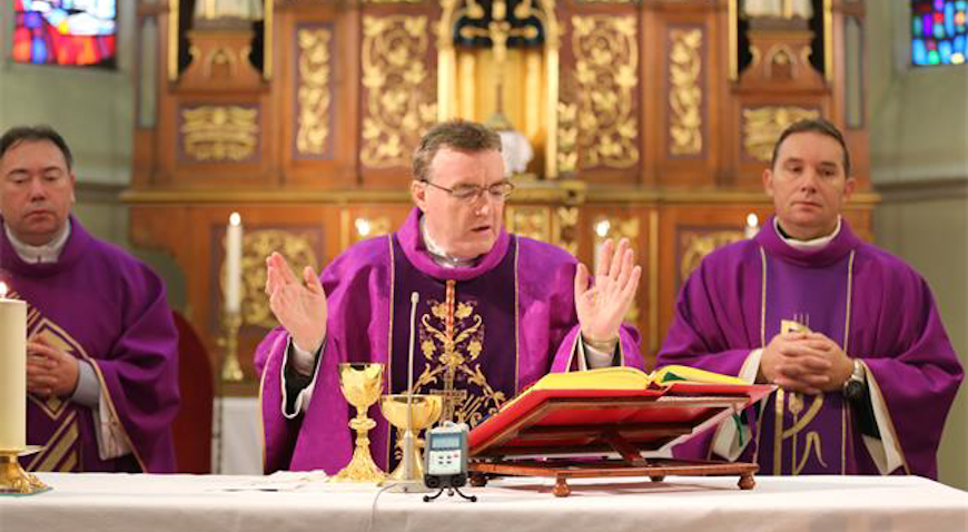 FOTO: Kardinal Bozanić u Dugom Selu blagoslovio novi pastoralni centar