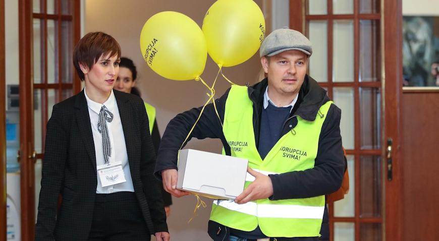 Dario Juričan i Katarina Peović predali potpise za predsjedničku kandidaturu