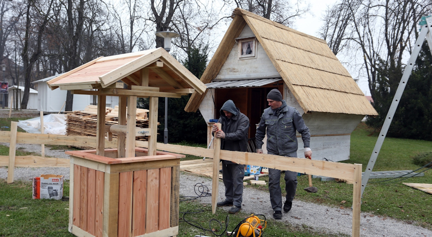 VIDEO: Traju pripreme za Advent u Karlovcu