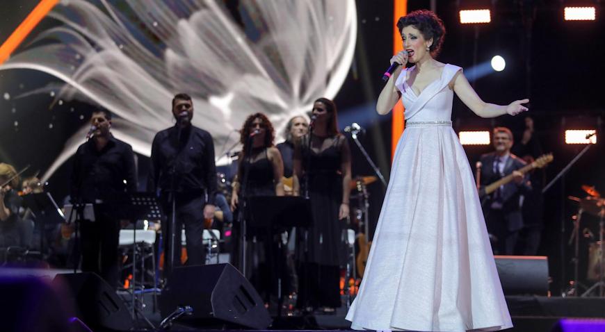 VIDEO: Prepuna Arena Zagreb pjevala s Doris sve njene hitove