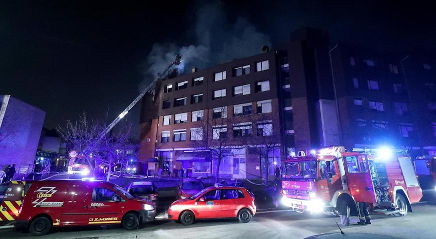 VIDEO: U požaru u Ulici Jakova Gotovca izgorjelo osam stanova