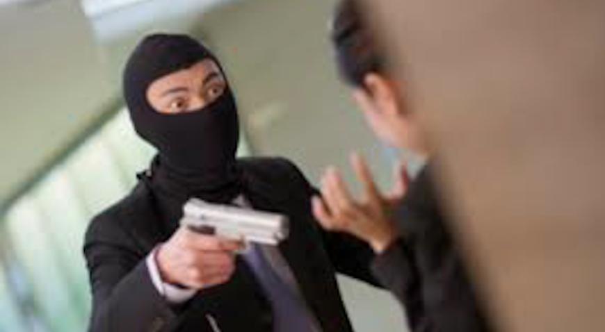 Plastičnim pištoljem upao u poslovnicu pošte i ukrao novac
